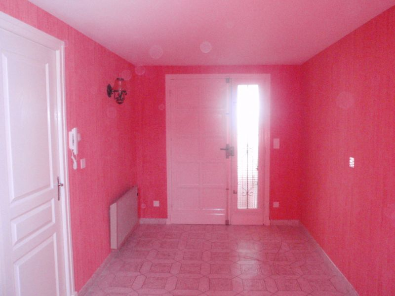 Une cage d escalier en papier peint ma vie dans la peinture - Papier peint pour cage escalier ...